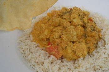 Quorn and cashew nut curry
