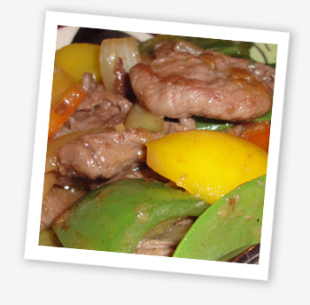 Stir-fried beef with oyster sauce and vegetables