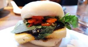 Tofu bao bun, with mushroom ketchup
