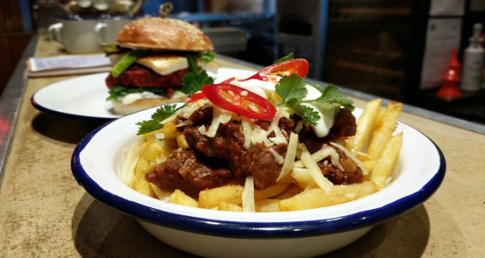 Beef chilli fries
