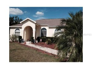Front of 2674 Pine Shadow Clermont FL