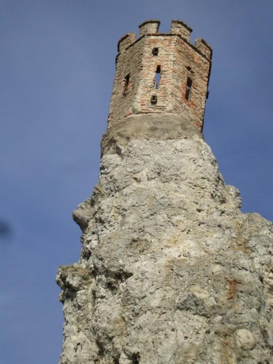 Devin Castle (2)