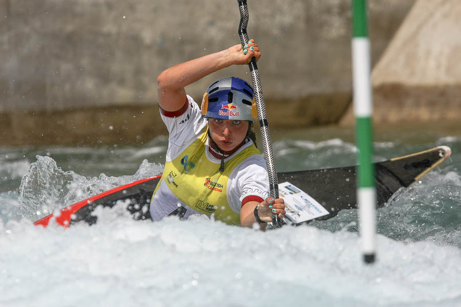 Sport Photography, Kent. Australian Jessica Fox. 2014 ICF Canoe Slalom World Cup. Lee Valley White Water Centre, London.
