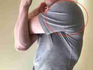 Rear Shoulder Stretch 3