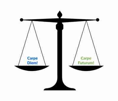 Carpe Diem vs Carpe Futurum