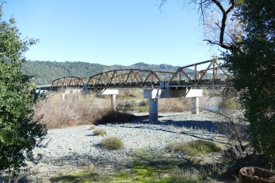 Russian River bridge on 1st Street east of Cloverdale