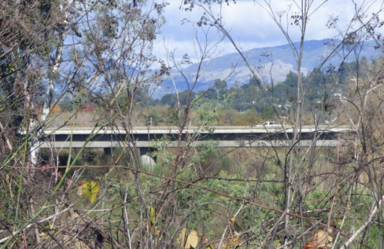 Russian River bridge on US-101 south of Healdsburg