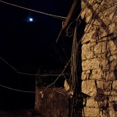 Power cables hanging from a home badly damaged by the earthquake. Castelsantangelo sul Nera, Italy 2016. © Matteo Bastianelli