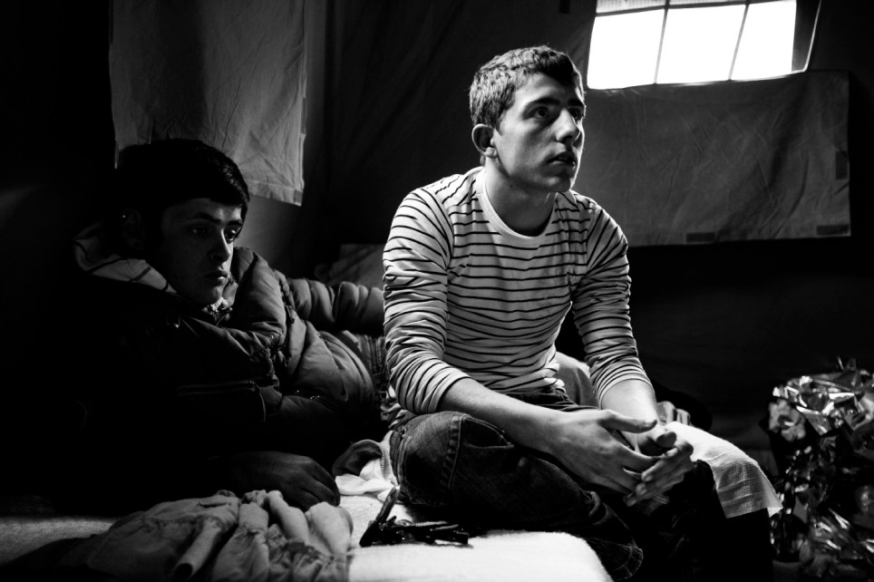 Diego and Dario, 17 years old, united in heart-ache for the death of a young friend, their contemporary. L'Aquila, Italy 2009. © Matteo Bastianelli
