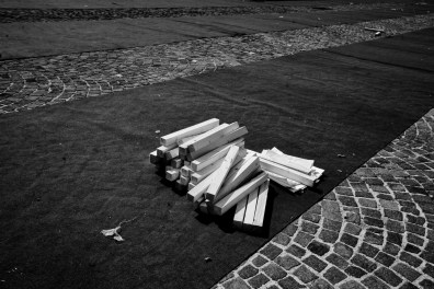 The funeral arrangements for the over 200 victims of the earthquake that took place on April 6. L'Aquila, Italy 2009. © Matteo Bastianelli