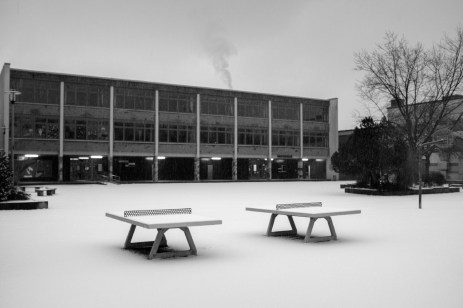 Two ping-pong tables in a snow-covered town park. Belecke (Warstein), Germany 2016. © Matteo Bastianelli