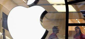 Logo della Apple in un Apple Store: saranno secondarie fra dieci anni?