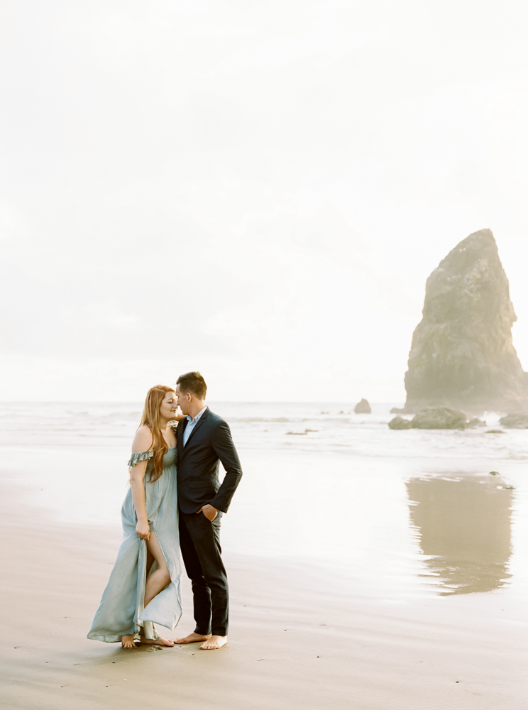 matt-erickson-photography-cannon-beach-enagement-photos-29.jpg