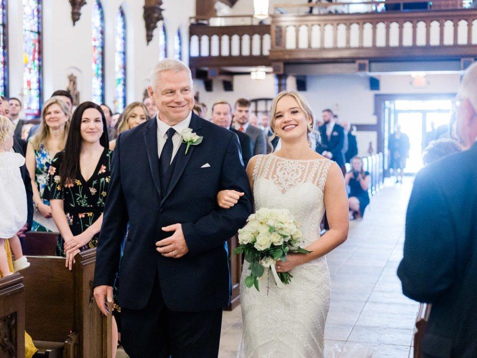 classic-spring-cleveland-wedding-15.jpg