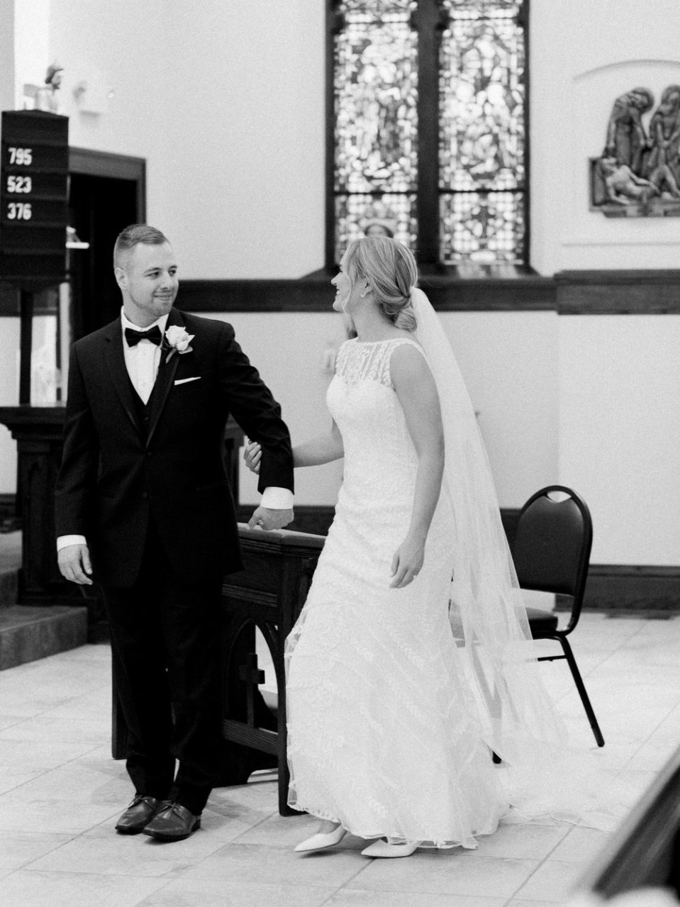 classic-spring-cleveland-wedding-17.jpg