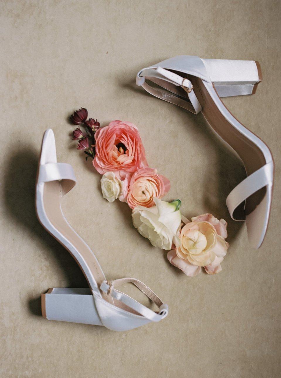 Romantic Tudor Arms Hotel Wedding Photos-97.jpg