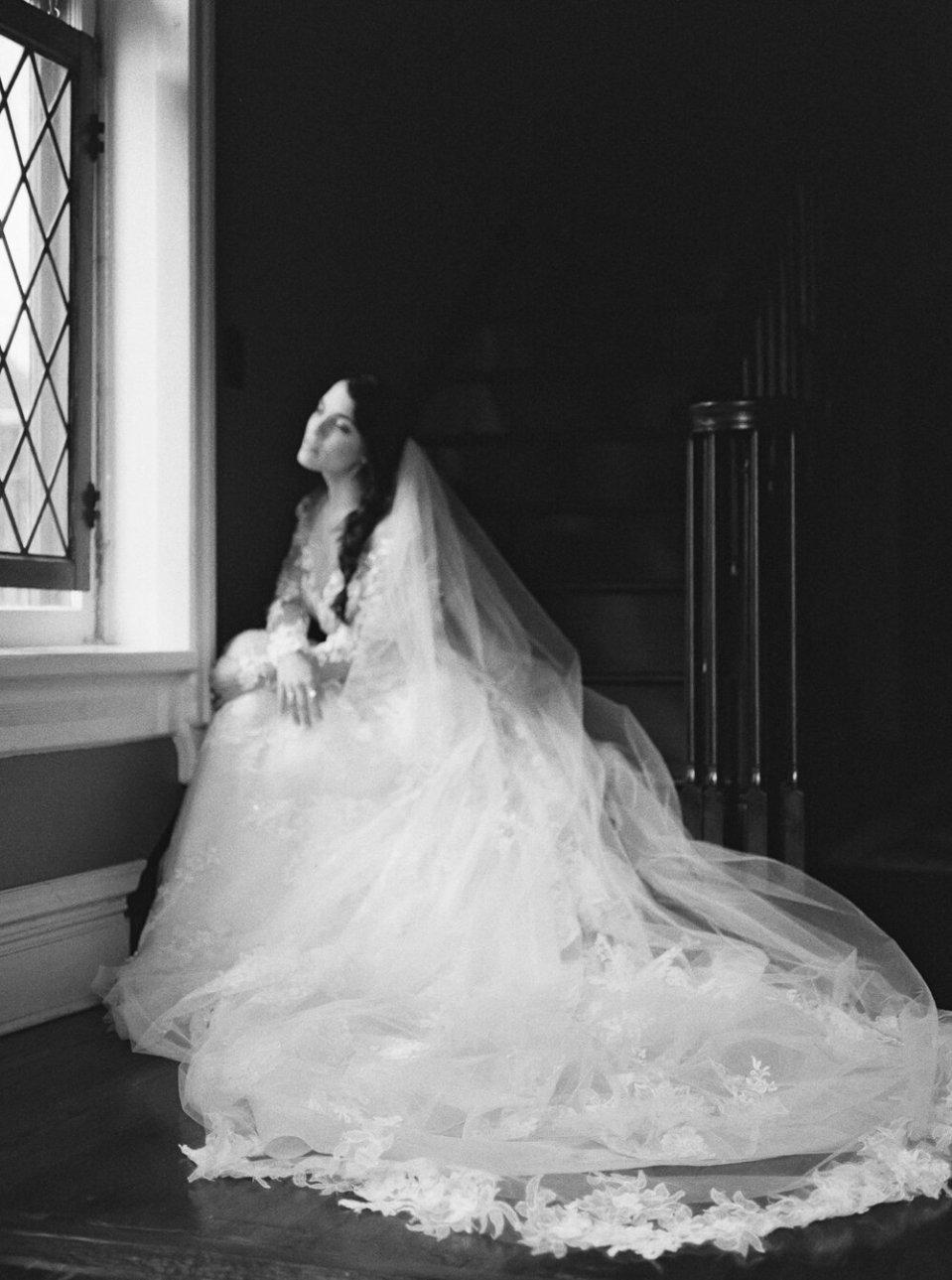 fine-art-cleveland-wedding-editorial-227.jpg