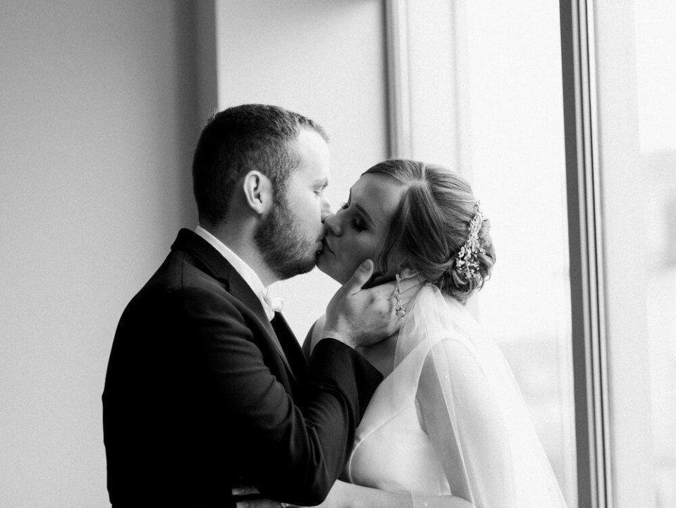 Historic Onesto Event Center Wedding Photos-40.jpg