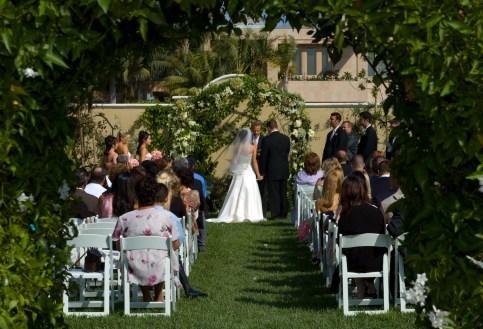 Bride and Groom Framed by Leaves - MattGeorge.me