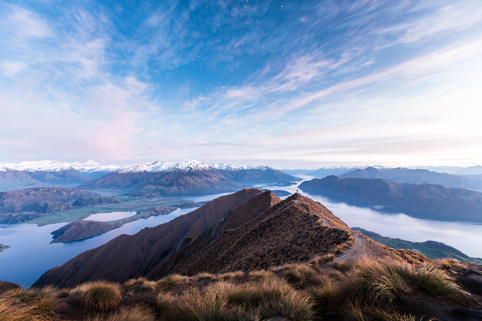 Roys-peak-new-zealand-predawn-lon- exposure