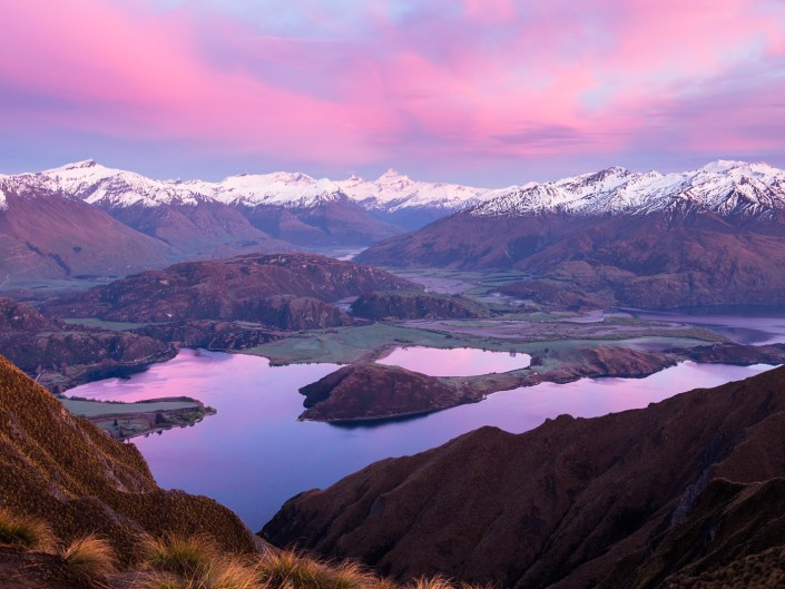 New Zealand – Sunrise on Roys Peak