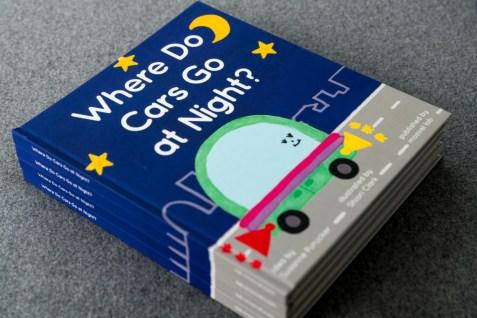 "moovel lab stellt Kinderbuch ""Where Do Cars Go at Night?"" zum Thema Autonomes Fahren auf der Frankfurter Buchmesse vor. ; moovel lab showcases children's book ""Where Do Cars Go at Night?"" about autonomous driving at Frankfurt Book Fair. ;"