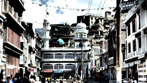 The ethnic and linguistic melting pot Leh, the end-of-the-world feel capital of Ladakh   Jammu & Kashmir