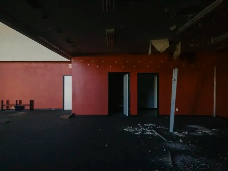 Abandoned Dance Studio off of Shoreview Road in Lake Highlands, Dallas
