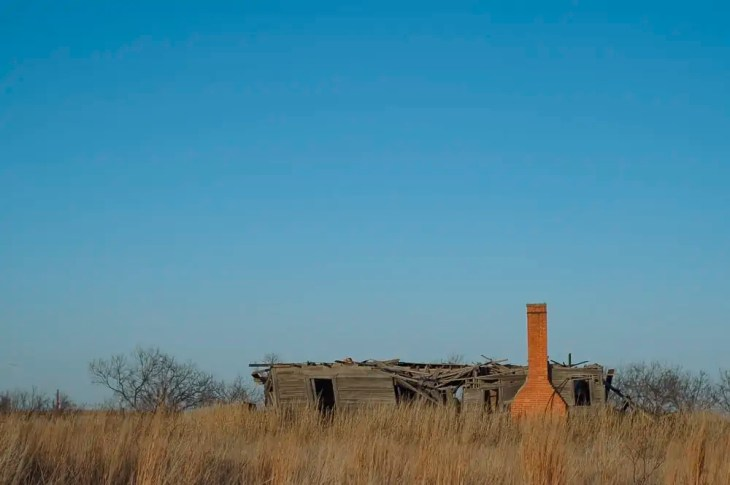 An old abandoned prairie home in North Texas