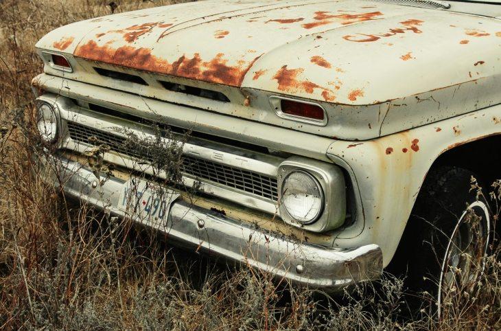 Urbex of a forsaken junk yard in East Texas