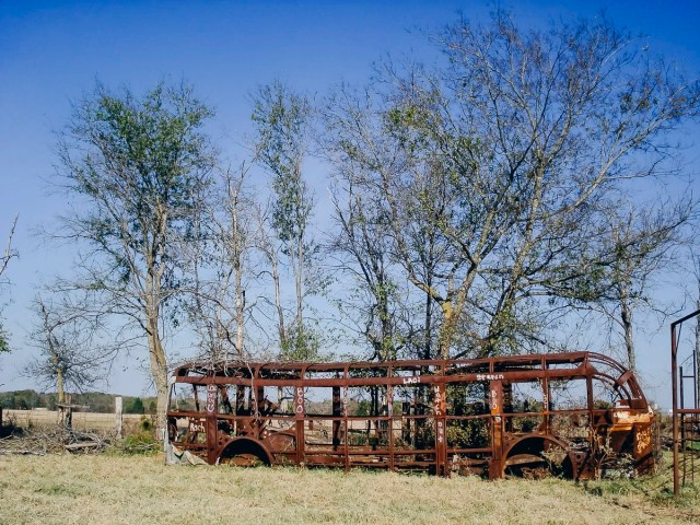 Urbex of an old school bus in East Texas