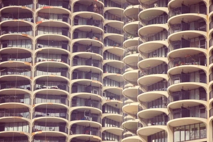 Downtown Chicago Marina City CornCob Sky Scrapers by Matt Hobbs from Pubic Domain Archive