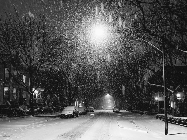 Snowing in the empty streets of Chicago at Night, 2020