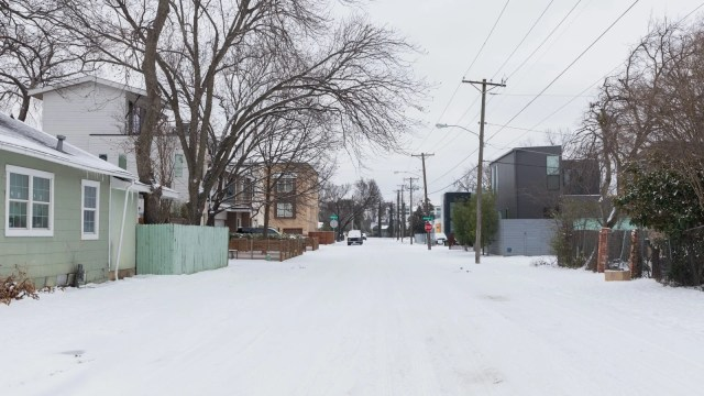 A street in Old East Dallas covered with snow