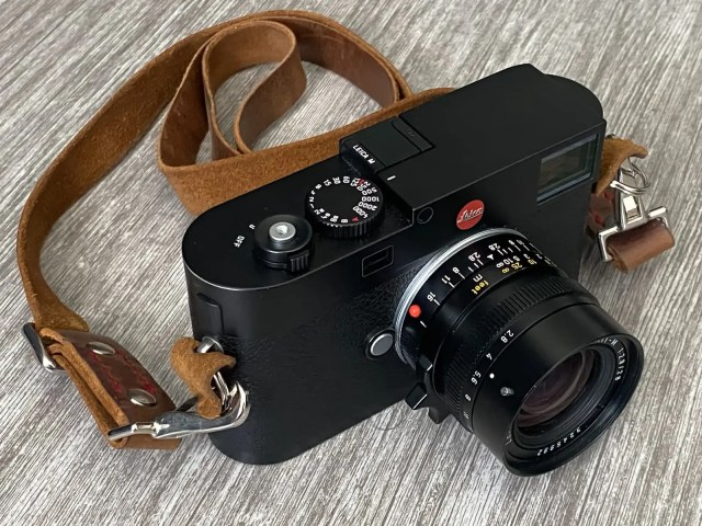 Leica M (Typ 262) front with a Leitz 28mm Elmarit lens and a leather strap by Trillo & Sons