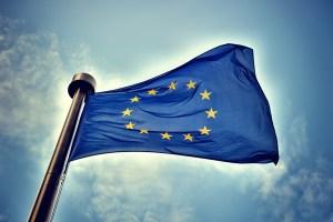 Europaflagge © Paulgrecaud | Dreamstime.com