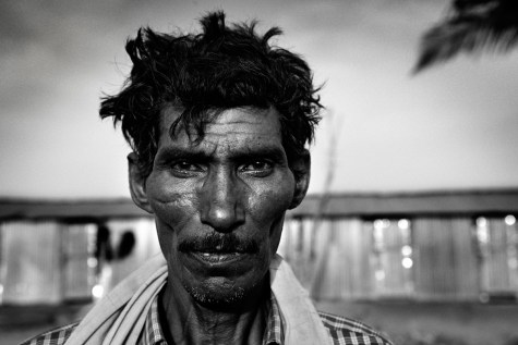worker. 2009