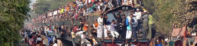 overloaded-train
