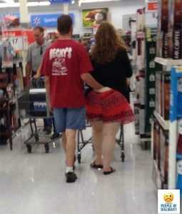 Walmart man hand down girlfriend's pants in walmart