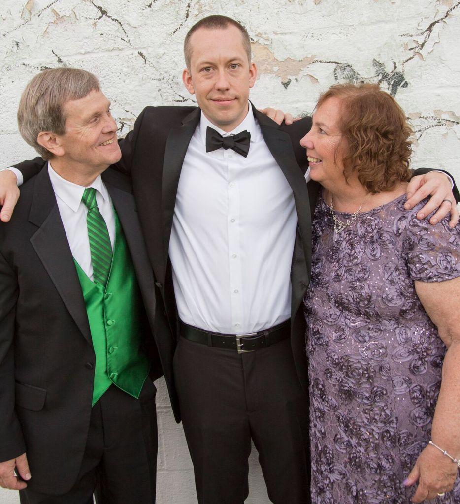 spirit pittsburgh pa wedding groom mom and dad photo