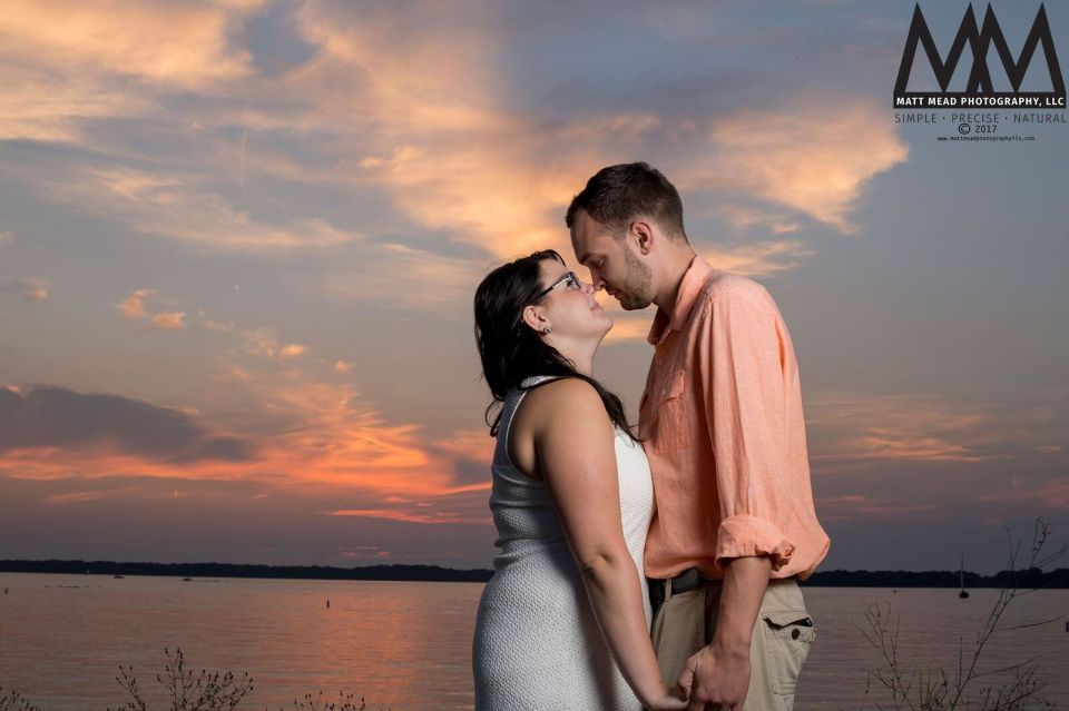 erie pa engagement kissing photo