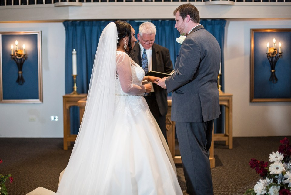 Pittsburgh, PA couple exchange vows during their Bellevue Christian Church wedding