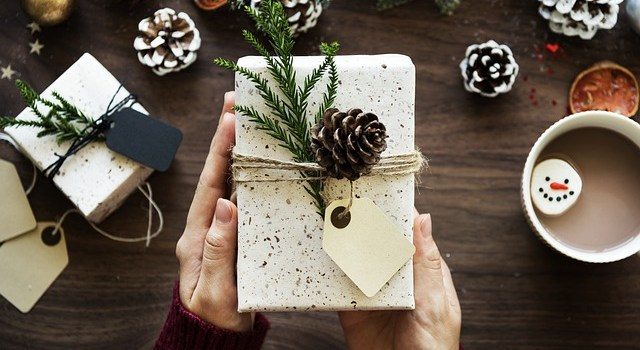 How a Copywriter Helps Write the Perfect Christmas Blog Post