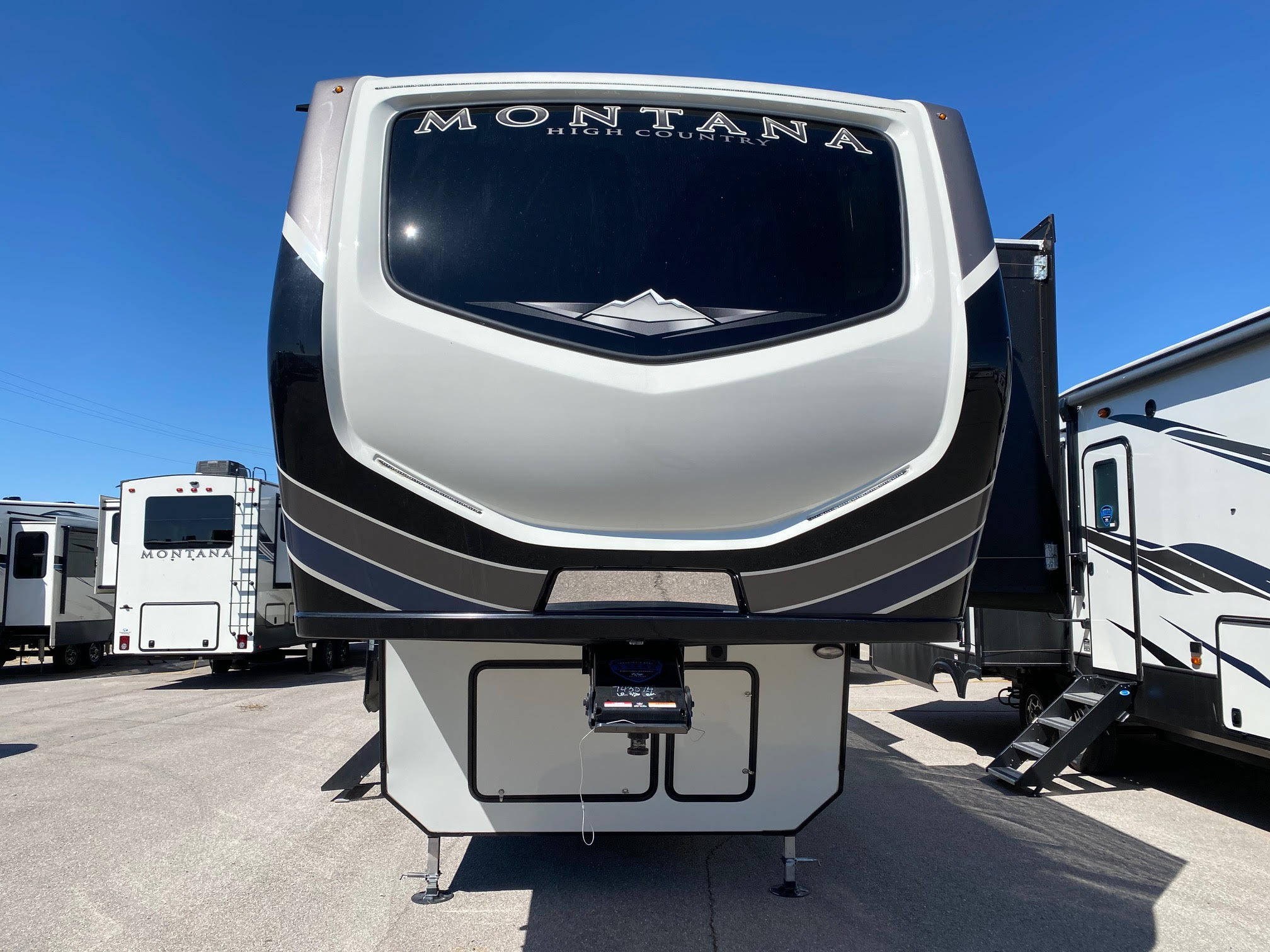 2021 Montana High Country 351BH