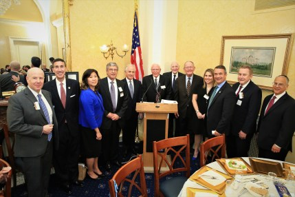 Dr. Matt Sweetwood, Rep. David Kustoff (R-TN), Rep. Grace Meng (D-NY), Honoree Kenneth Goldman, Sen. Bob Corker (R-TN), Honoree Jack A. Belz, Honoree Daniel Rose, Sen. Lamar Alexander (R-TN), Honoree Courtney Anixter, Rep. Don Bacon (R-NE), Richard Boruch Rabinowitz – Executive Director, Aish International