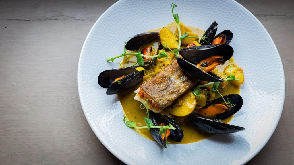 Sea food and Grill, Seared Hake