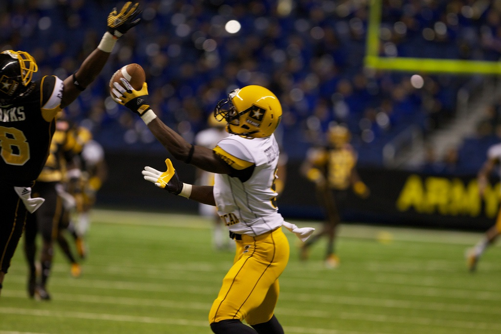 Dorial Green-Beckham might repeat history that's nearly two decades old.  Photo by Army Recruiting