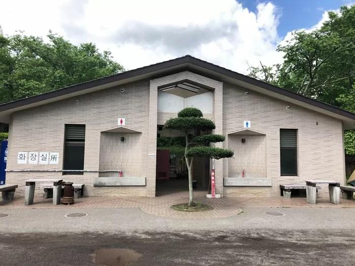 志高湖キャンプ場のトイレ