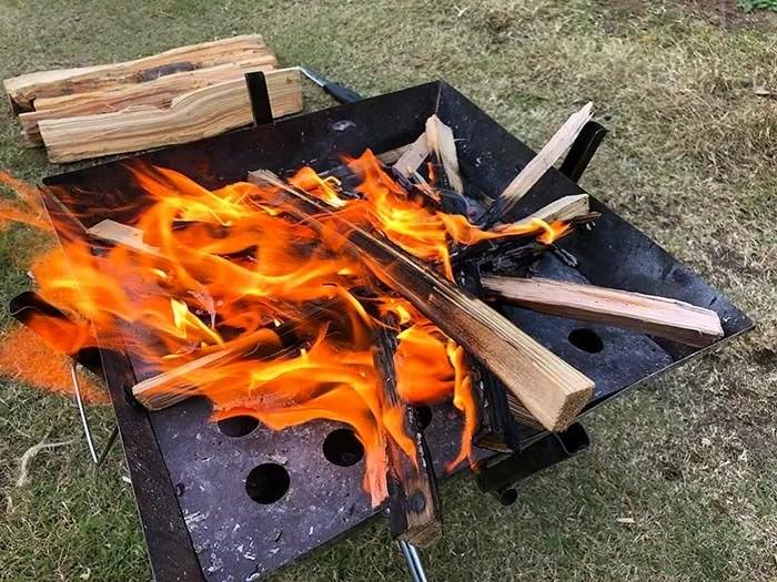 ファイヤースターターで焚火をスムーズに行う方法