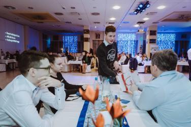 20180308-Maturantski-Ples-Računalniška-Šola-R4A-Galaksija-2508